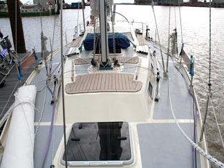 38 ft. Family Cruiser